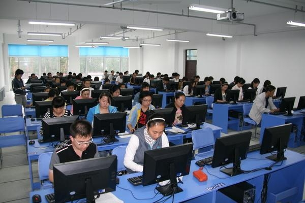 赤峰计算机培训学校最注重哪些课程?