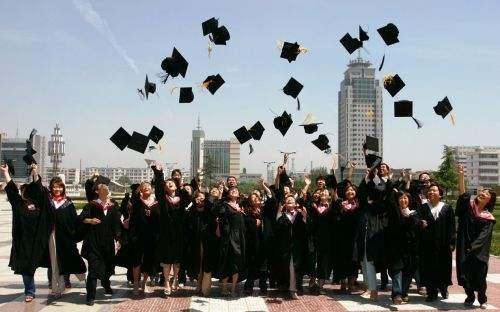 赤峰专科本科学历提升成人高考本科文凭是本科吗?