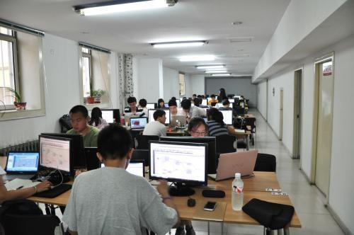 来,赤峰计算机培训看看下面这几个场景你是不是再熟悉不过了: